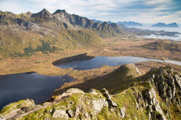 Hopsvatnet and Hopspollen lakes to the north-east, with Breltinden behind