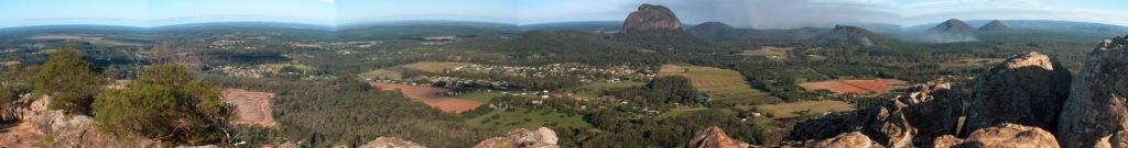 Panorama_MtNgungun